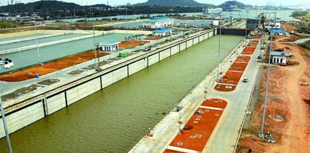 Ayú Prado pide colaboración a ONU para reforzar seguridad del Canal