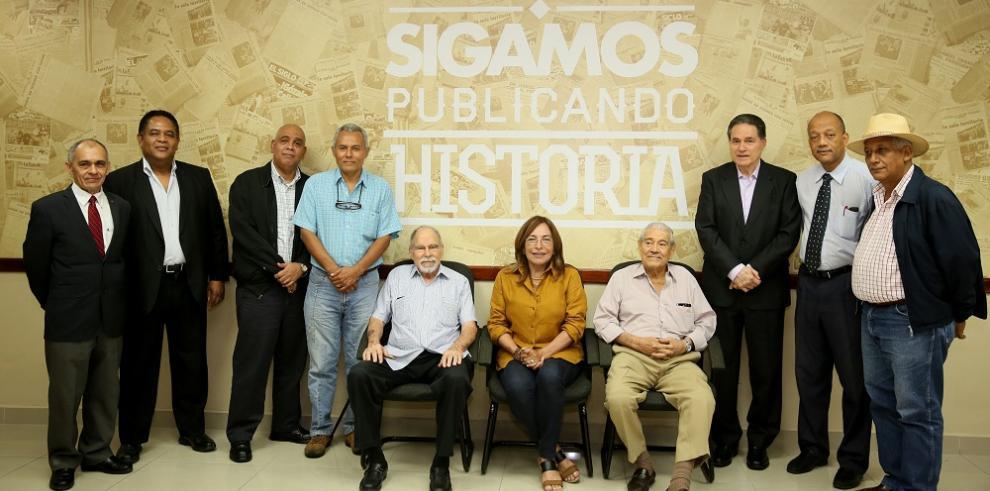 Columnistas de La Estrella y El Siglo defienden libertad de prensa