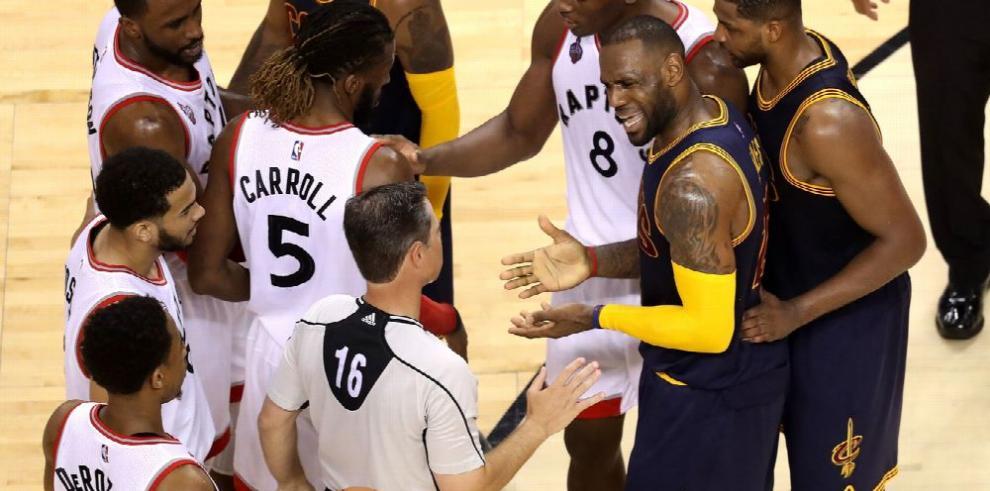 Raptors y Cavaliers se miden en el quinto juego de la serie