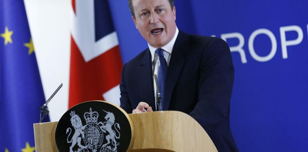 """""""Hay acuerdo"""": Reino Unido permanece en la Unión Europea"""