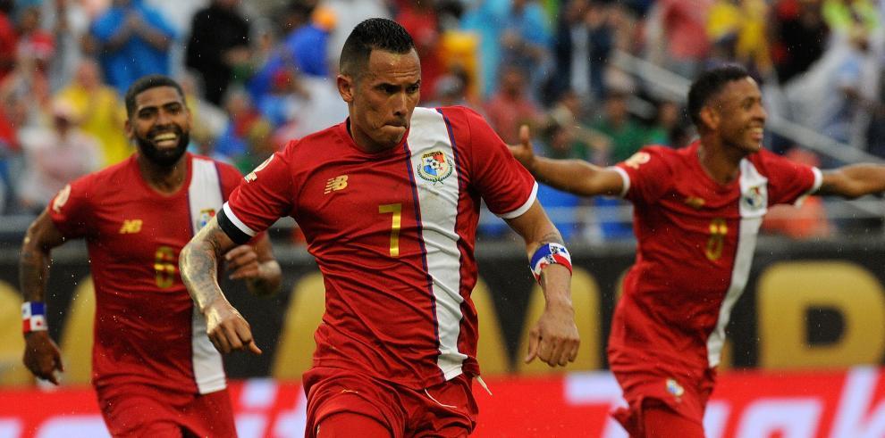 "Panamá derrotó a Bolivia con doblete del ""Super Ratón"""