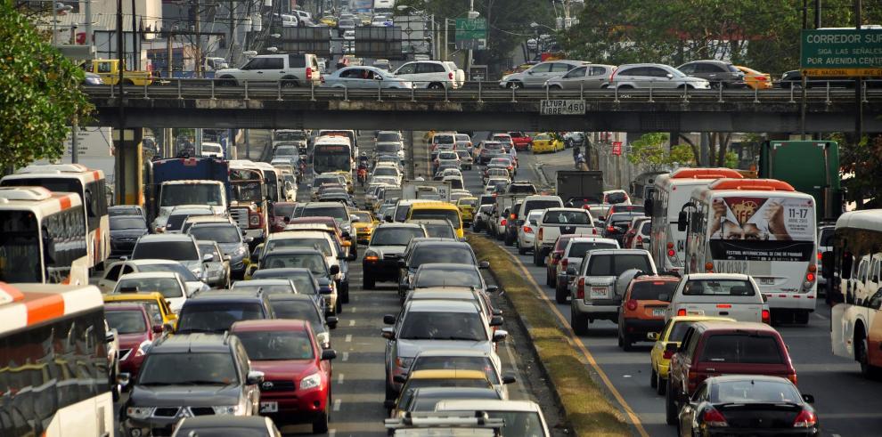 En 2016, el distrito de Panamá superará el medio millón de autos