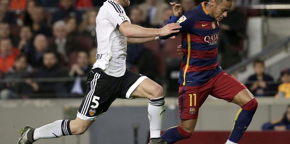 Exhibición del Barcelona venció al Valencia 7-0