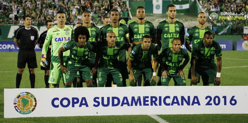 Atlético Nacional pide a la Conmebol dar la Copa al Chapecoense