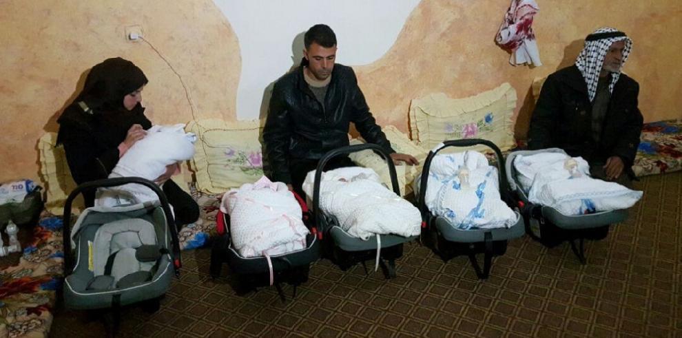 Quintillizos vuelven a la Franja de Gaza