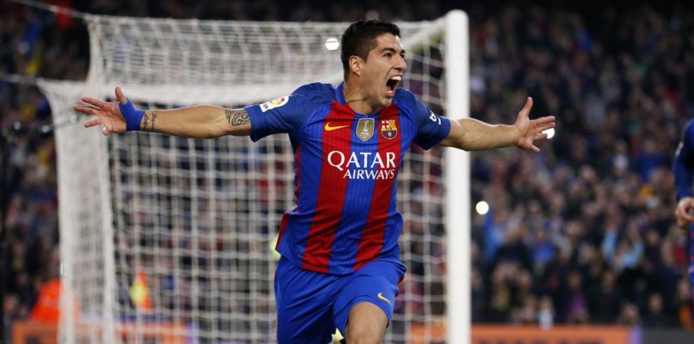 Luis Suárez renueva contrato con el Barça hasta junio de 2021