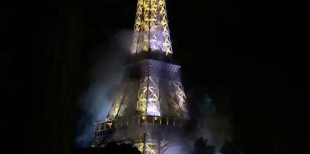 Francia sacudida por el terror en medio de celebración nacional