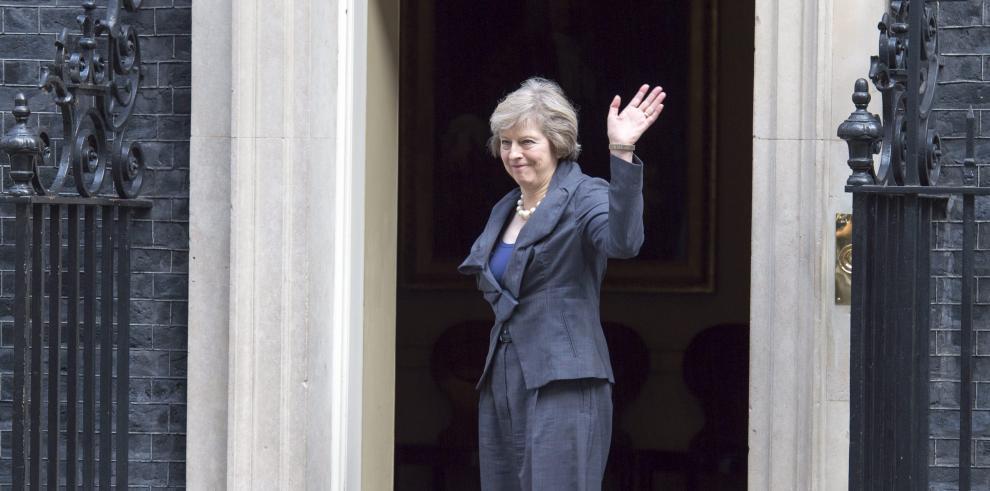 Theresa May es la nueva primera ministra del Reino Unido