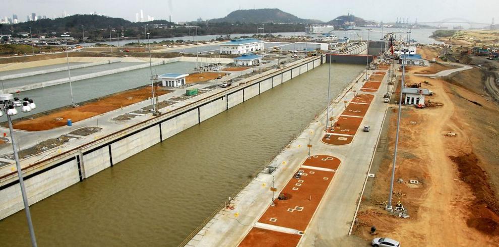 Quijano reafirma los nombres de las nuevas esclusas