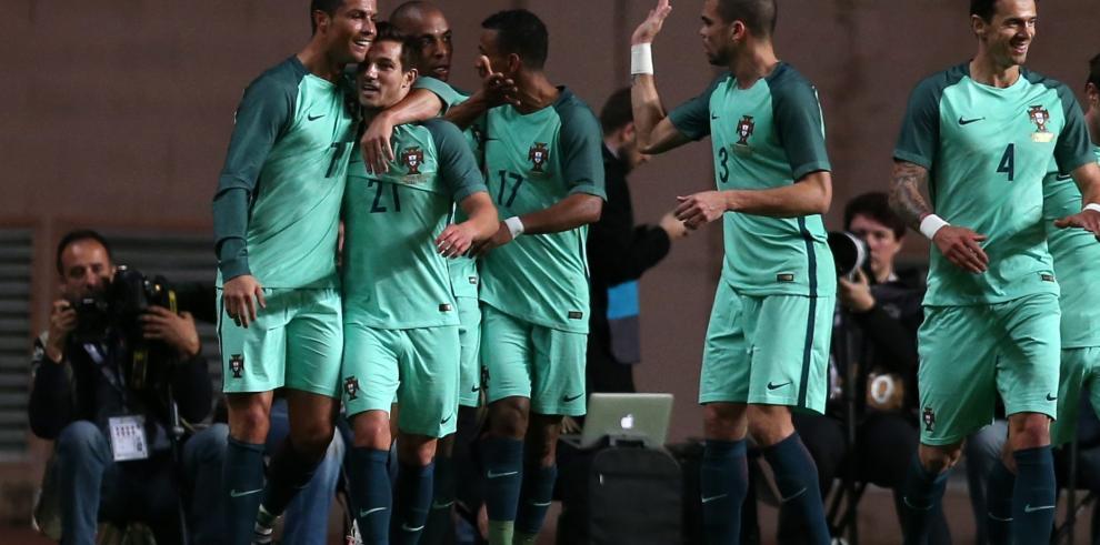 Portugal, con gol de CR7, vence a Bélgica en un simbólico amistoso