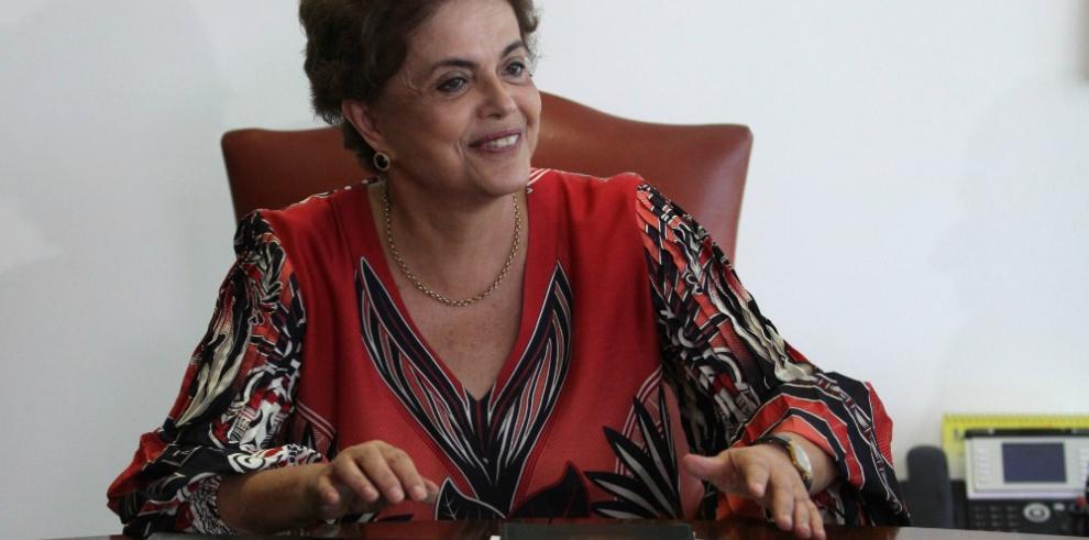 Aliado abandona a Rousseff en medio del proceso para un juicio político