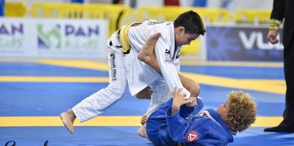 Hermanos Goldner van por triunfo en torneo mundial