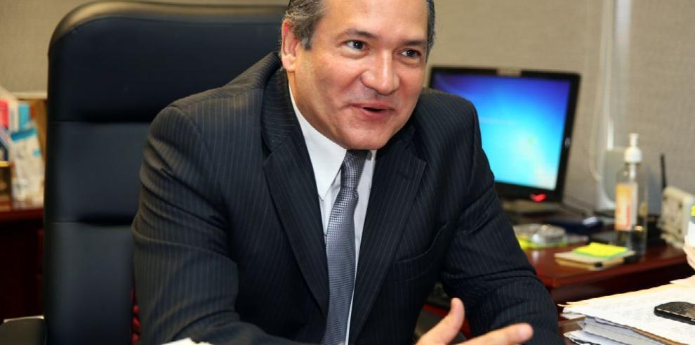 Recurso contra nombramiento de Harry Díaz