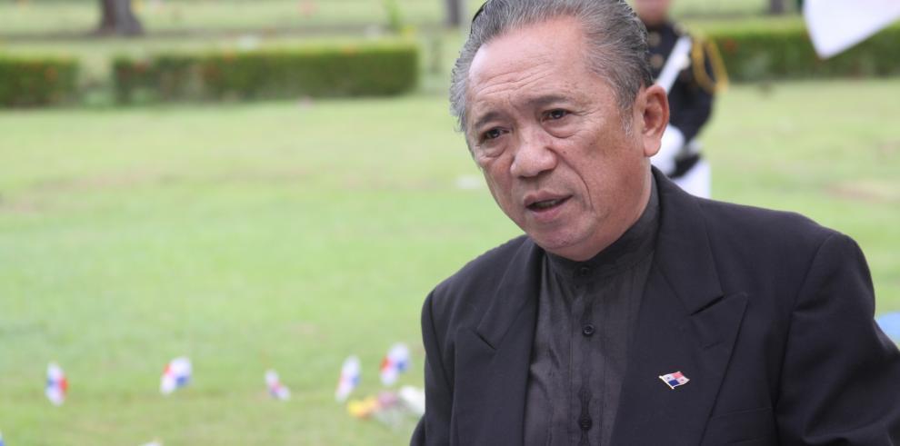 Julio Yao dice que viajes de Varela y Lorena no eran una necesidad