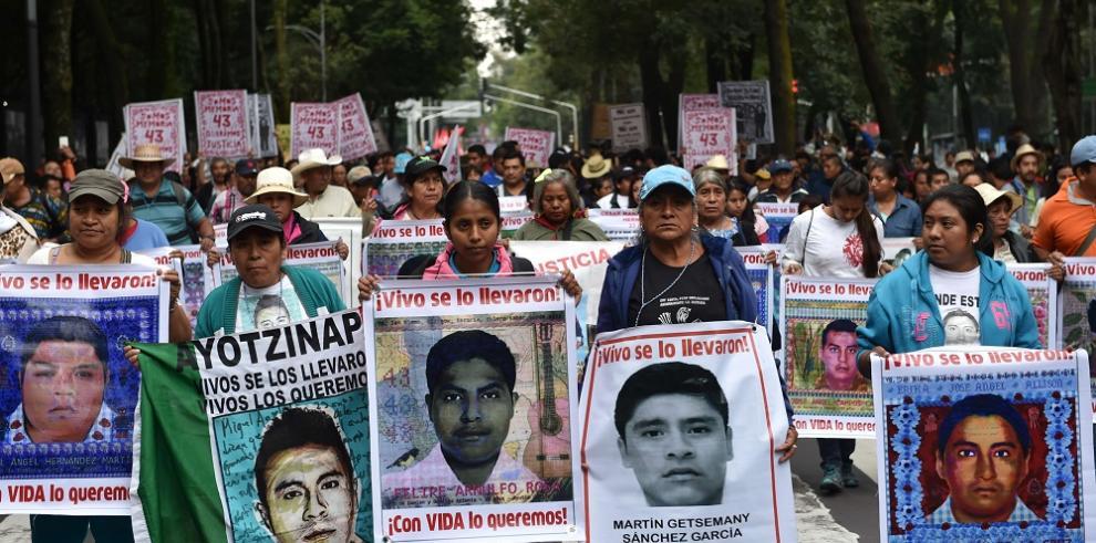 Los gritos de Ayotzinapa quedarán por siempre en memoria de México