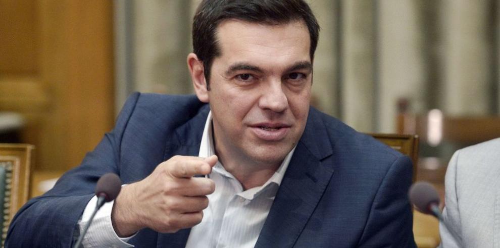 Tsipras tiene como meta resolver crisis económica de Grecia