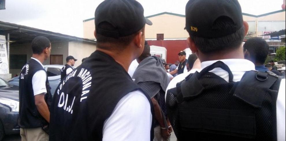 Arrestan a policías y funcionario del MP por vínculos con pandillas