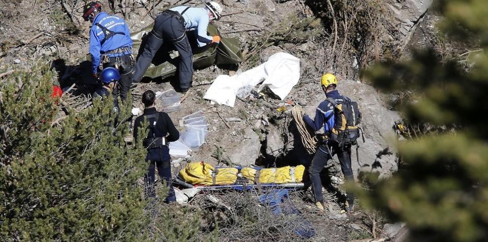 Informe señala al copiloto como responsable de estrellar el avión