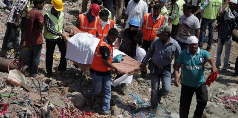 Reducen de 7 a 3 la cifra de muertos en derrumbe de mina La Paz
