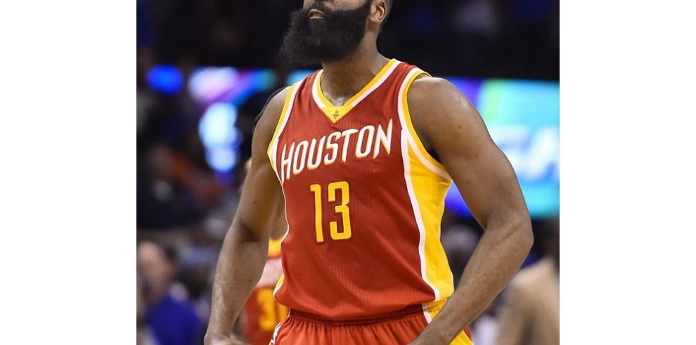 Harden y cubano López elegidos jugadores de la semana en la NBA