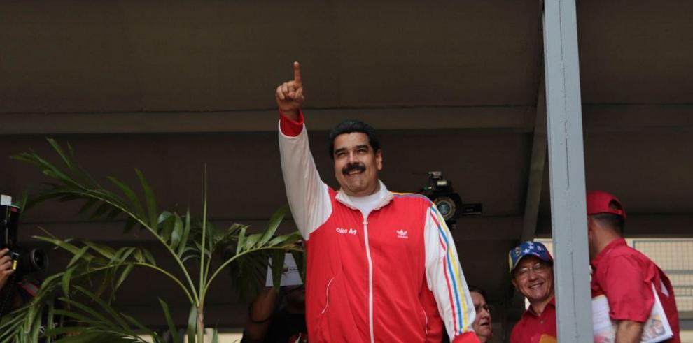 Venezuela paga $27,000 millones por deuda externa