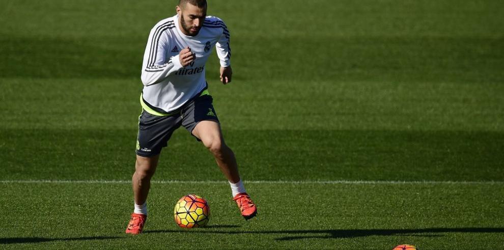 Karim Benzema aconsejó a Valbuena sobre el chantaje