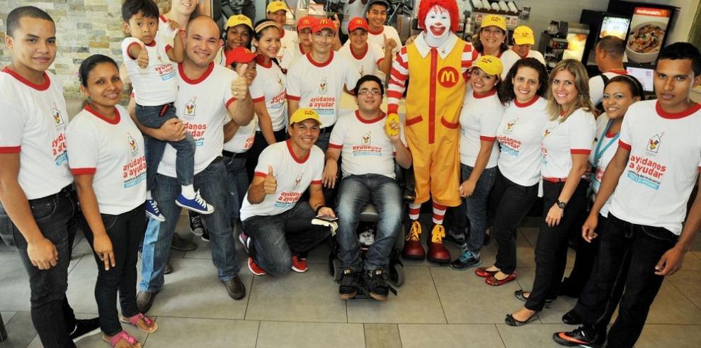 Casa Ronald McDonald recibe a la primera familia