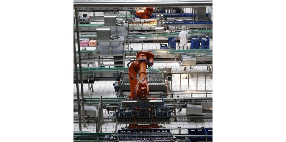 Cae crecimiento de China en 6.9%
