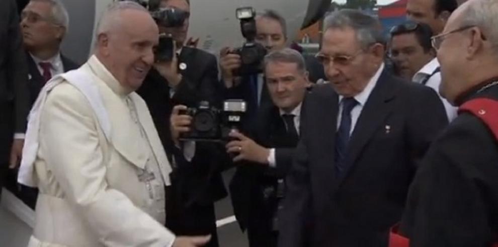 El papa Francisco llega a Cuba
