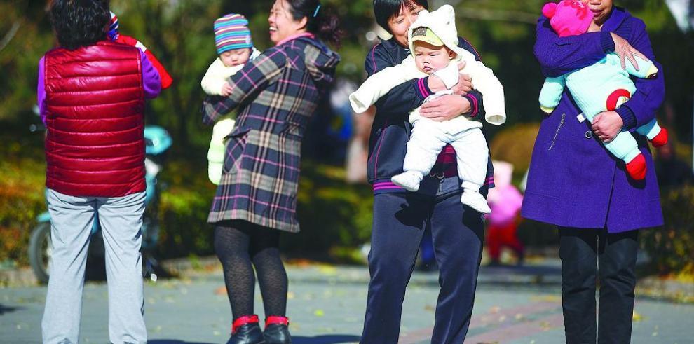 Niegan validez inmediata de política de dos hijos