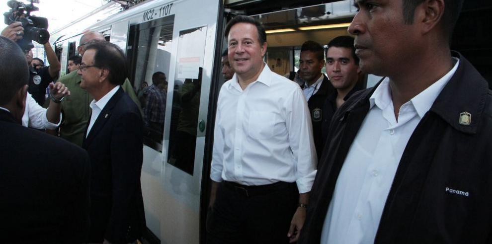 Gobierno pagará $157 mil por cada uno de los 1,236 metrobuses