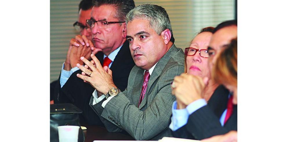 Magistrados dejan en manos de suplentes caso Martinelli