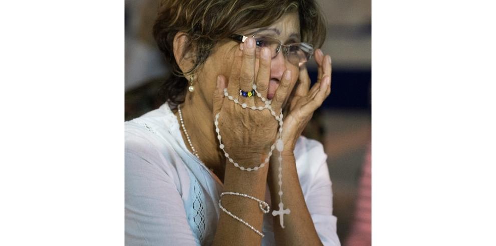 Lloran al conocer la condena contra el opositor Leopoldo López