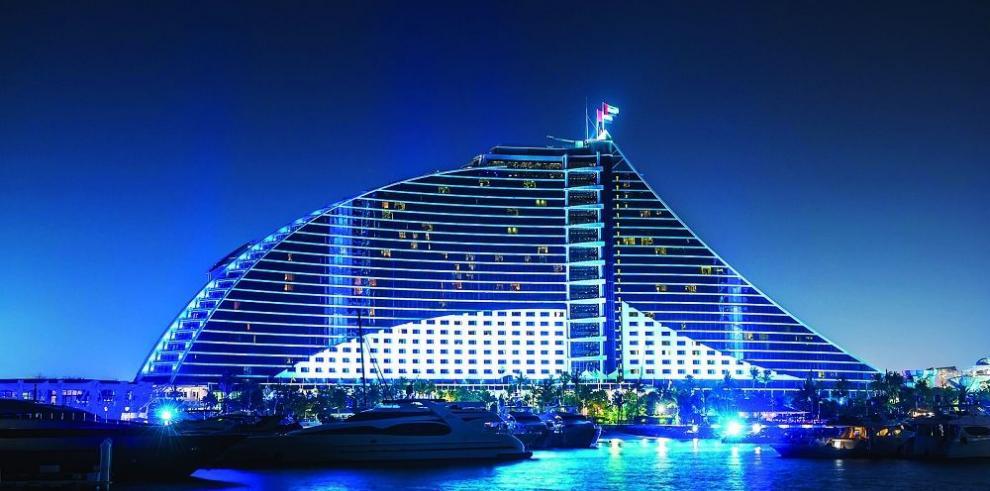 Dubái pone a prueba el éxito de su hotelería construyendo más