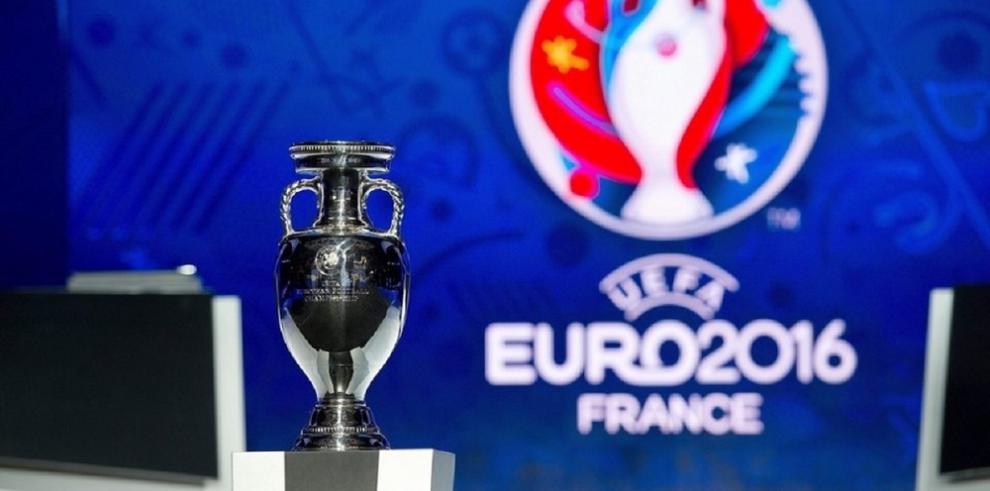 UEFA confía en organización de la Eurocopa en Francia pese a atentados