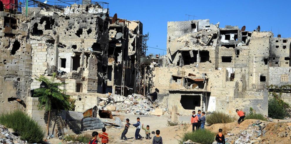 Más de 2 millones de sirios necesitan ayuda en zonas bajo control del EI