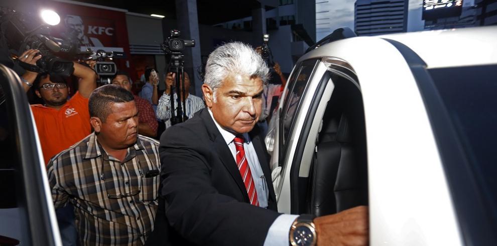 José Raúl Mulino sale sin medida cautelar, mañana continúa indagatoria