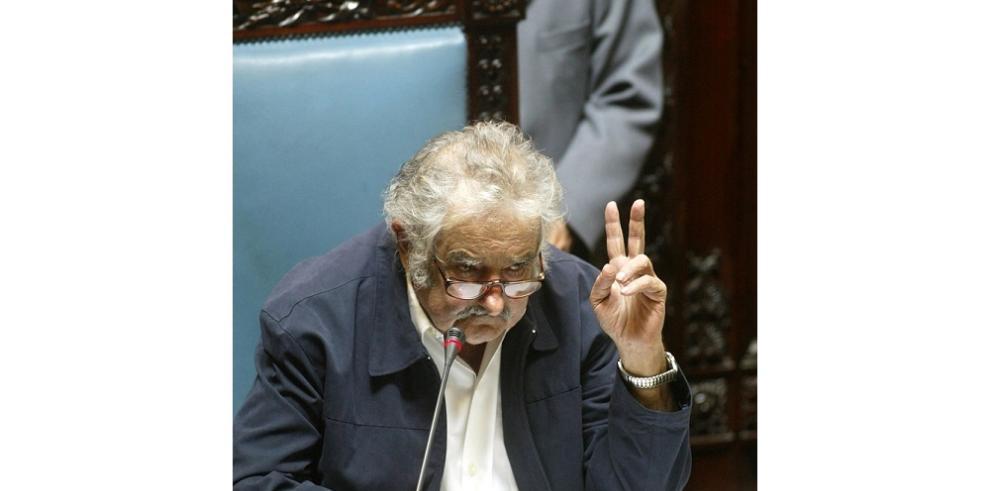 Ex presidente uruguayo Mujica renunciará al Senado