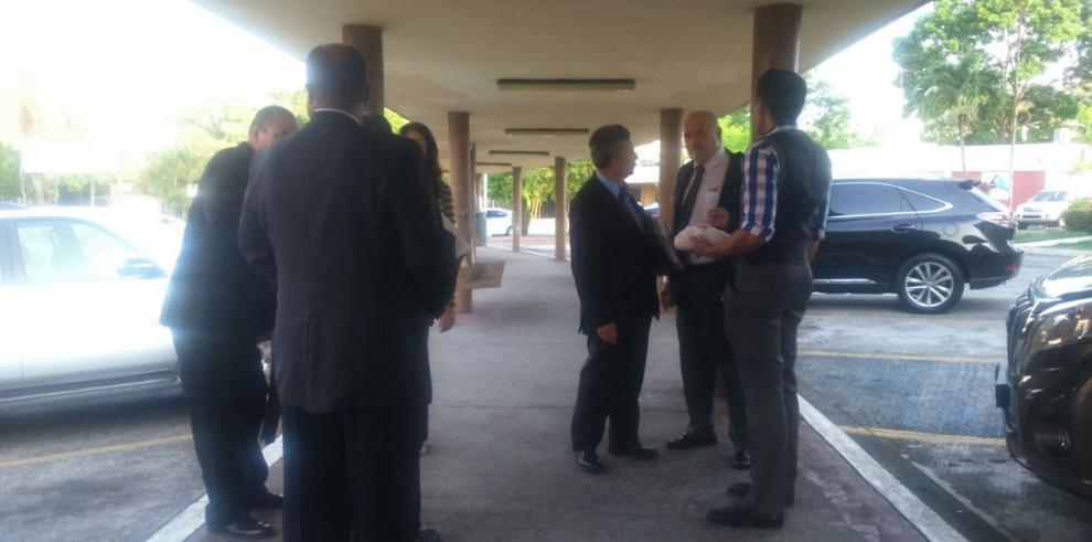 Catedráticos denuncian irregularidades en la Facultad de Derecho