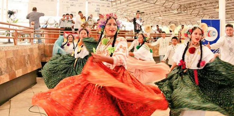 Apuestan por la cultura en Panamá