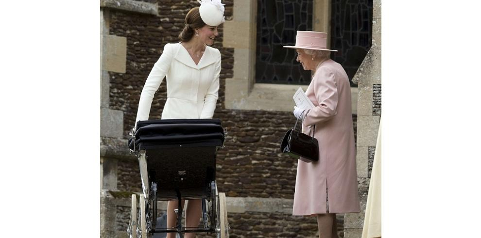 Bautismo real para la princesa Carlota en Sandringham