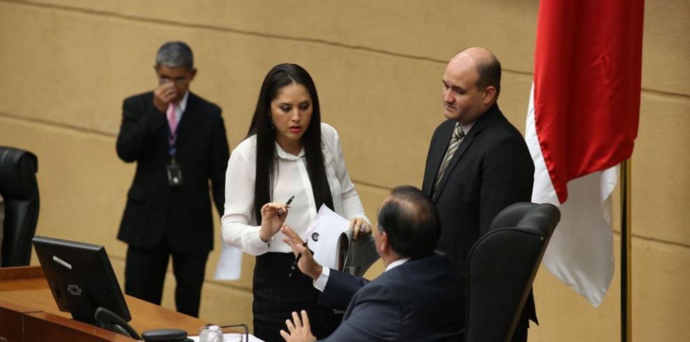 Aguilera, citado a la Asamblea