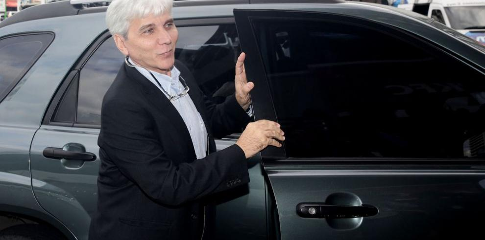 Fiscal pospone para el lunes indagatoria a Tamburrelli