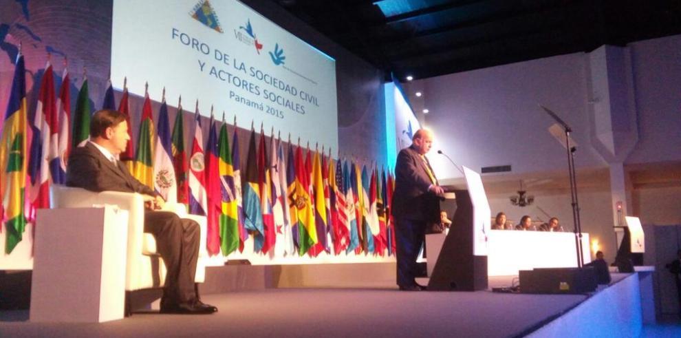 Inauguran Foro de la Sociedad Civil, con más de 800 participantes