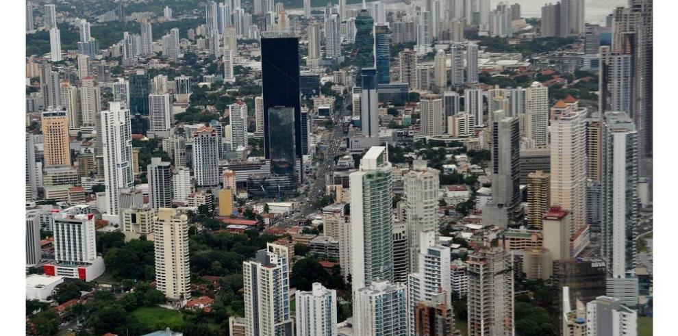 Cepal baja la previsión de crecimiento de Panamá