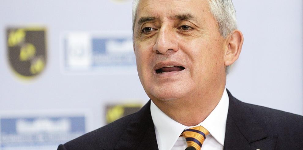 Pérez Molina presenta solicitud de amparo ante la CC
