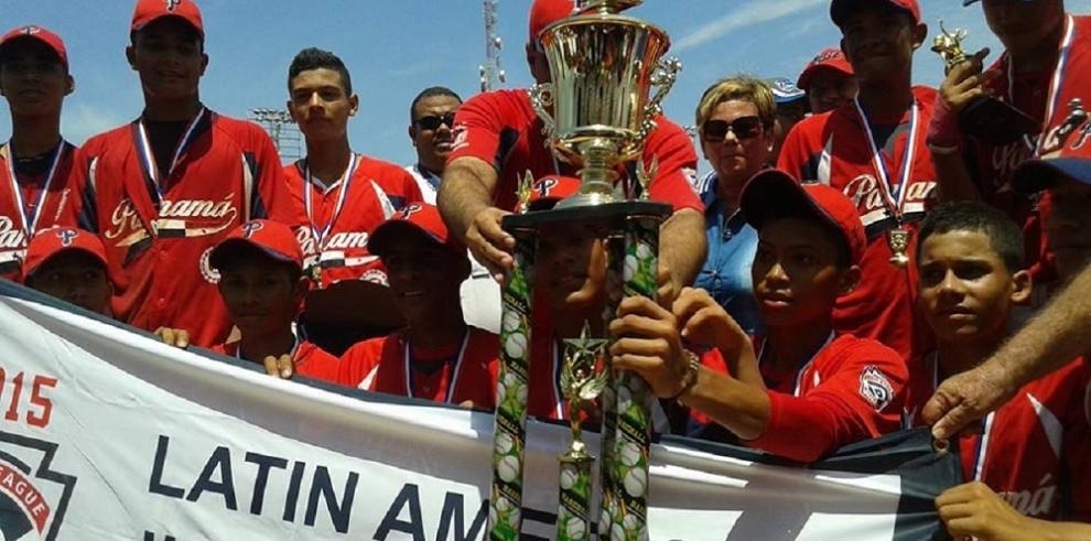 Panamá Campeón de la Serie Latina Junior