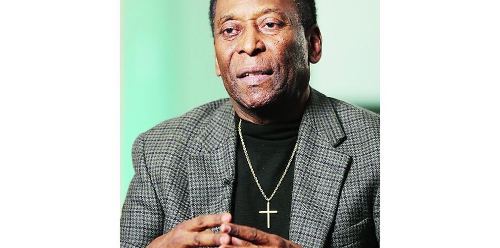 Médicos prevén darle de alta el sábado a Pelé