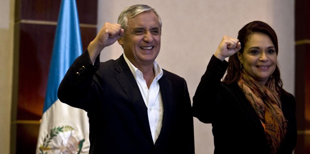 Vicepresidenta de Guatemala renuncia al estar implicada en corrupción