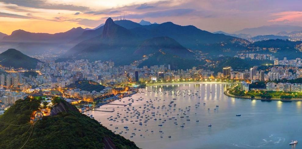 Desempleo en Brasil sube 7.9%